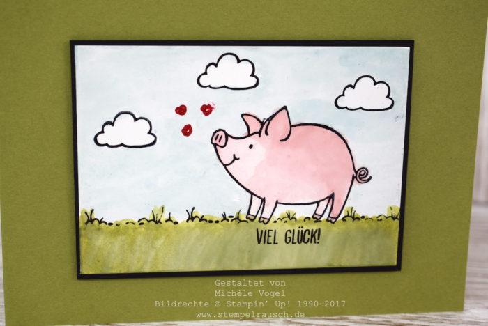 Grusskarte mit dem Stempelset Glücksschweinchen von Stampin' Up! mit der Aquarelltechnik mit dem Aqua Painter und dem Glanzkarton.