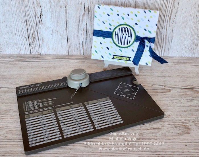 CD-Verpackung mit dem Stanz- und Falzbrett für Umschläge