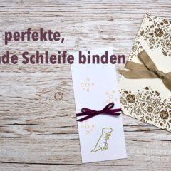Video-Anleitung: Eine perfekte, gerade Schleife auf Karten binden