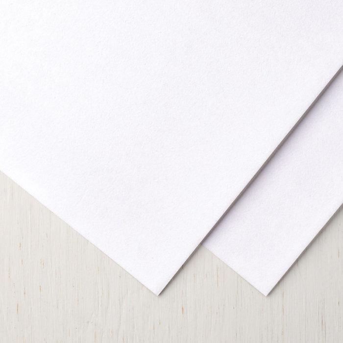 """Samtpapier in Weiß (12"""" x12"""" / 30,5 x 30,5 cm) - Aktion Flockengestöber von Stampin' Up! erhältlich bei www.stempelrausch.de"""