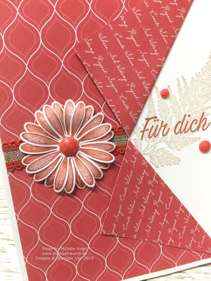 Grusskarten in der In Color Farbe 2019-2021 Ziegelrot kombiniert mit Savanne, mit dem Stempelset Gänseblümchenglück und der Stanze mittelgrosses Gänseblümchen von Stampin' Up!_Detailbild_www.stempelrausch.de